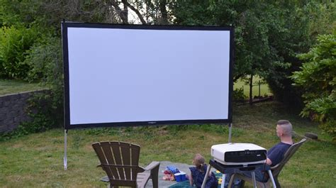 backyard projector screen diy best outdoor projector screen 2017 reviews and buyers guide