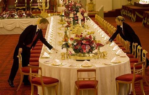 dining etiquette in scotland buckingham palace state banquet telegraph
