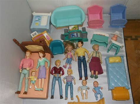 dollhouse figures large lot fisher price playskool loving family doll house