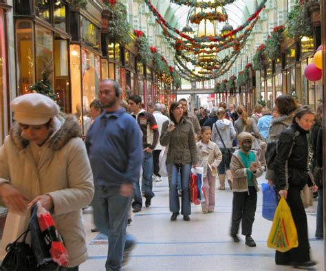 holiday shopping tips to avoid rush leather clothes
