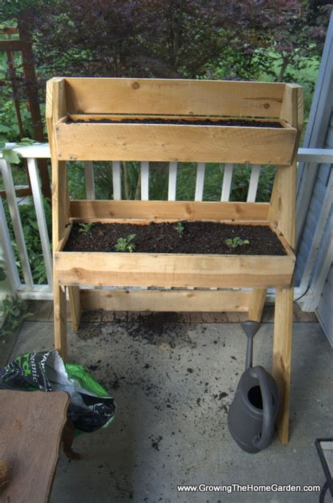 how to build a raised garden box planter