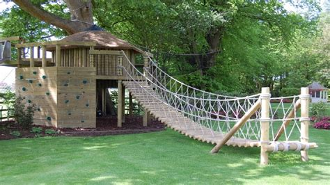 cool tree house designs 25 cool tree house ideas youtube
