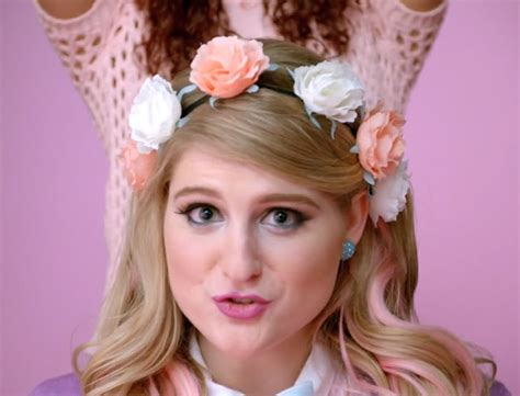 all about that bass meghan trainor 18 facts about quot all about that bass quot singer meghan trainor