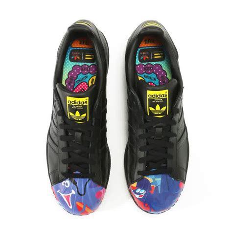 Converse Limited Edition Sepatu Pria Casual Kuliah Kerja sepatuwani taterbaru bola futsal murah images