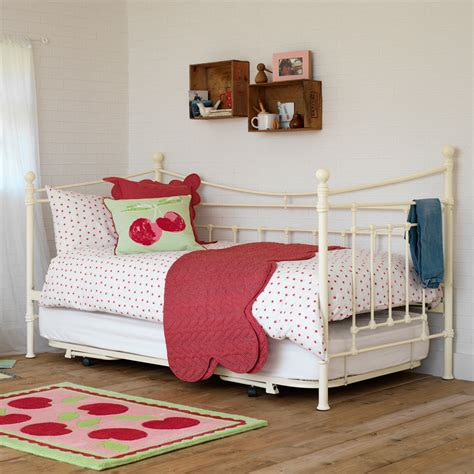 toddler day beds girls toddler day beds scheduleaplane interior