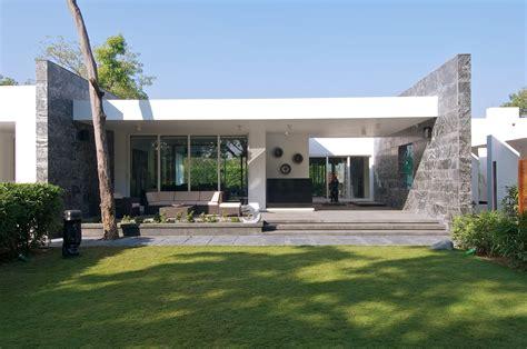 the white house fertighaus 5155 gallery of dinesh mills bungalow atelier design n domain