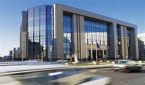 sede consiglio europeo unione europea e arte si incontrano il terzo paradiso di