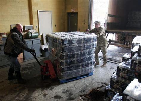 Botol Minum Us lawan islamophobia muslim as sumbang 30 000 botol minuman