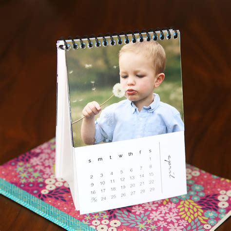 make a photo calendar free printable 2018 photo calendar easy diy gift it s