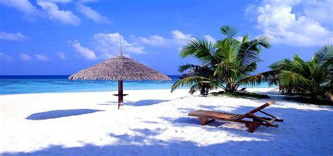 gambar pemandangan alam indah laut pantai gunung