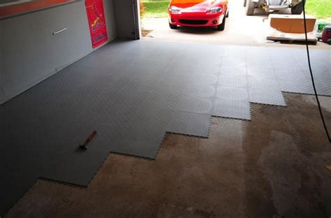 Carpet In Garage by Interlocking Garage Floor Tiles Offer A Great Custom
