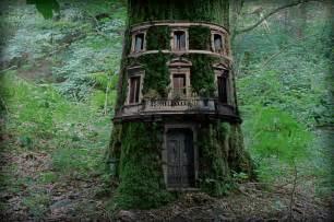 tree house home error