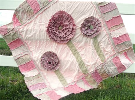 pattern rag quilt blooming rag quilt pattern favequilts com