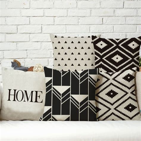 cuscini decorativi per divano oltre 20 migliori idee su cuscini per divano su