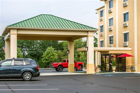 Comfort Inn And Suites Wilkes Barre Pa by Comfort Inn Suites In Wilkes Barre Pa 570 823 0