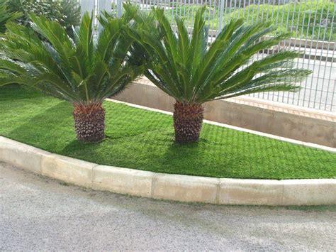 giardini con erba sintetica turisport arredo giardini in erba sintetica