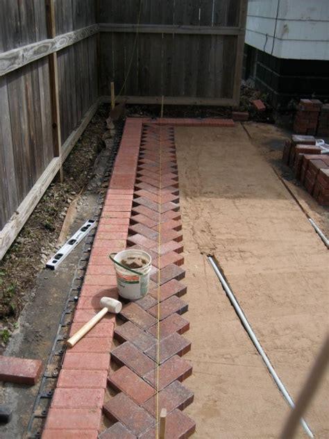 how to lay patio bricks the 2 seasons the lifestyle
