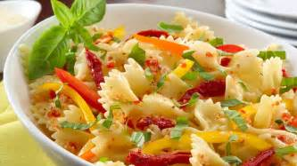 pasta salad recipes with italian dressing sun drenched italian pasta salad wish bone 174