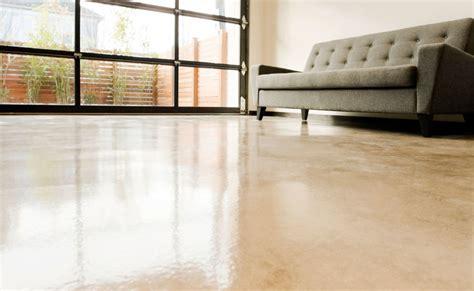 pavimenti in resina udine foto impiego di resina autolivellante di parquet livorno