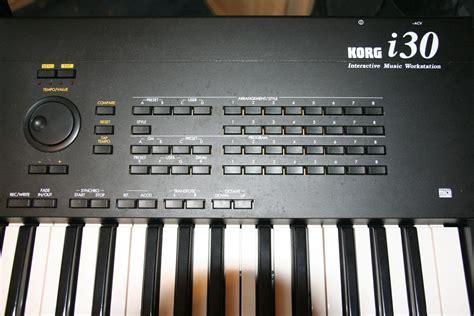 Keyboard Korg I30 image gallery korg i30