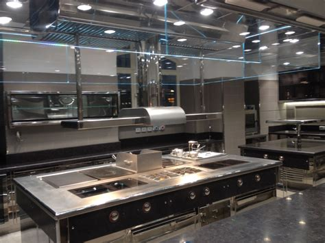 installation cuisine professionnelle agencement cuisine professionnelle les cuisines modernes