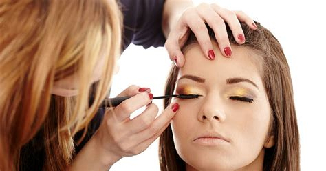 Make Up Artist Make Up 8 places makeup artists find fulfilling work avenue five institute