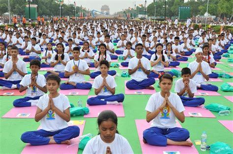 imagenes yoga india international yoga day