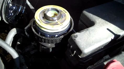 Tutup Egr Innova Fortuner Hilux Diesel how to change the fuel filter on toyota hilux mk6 vigo