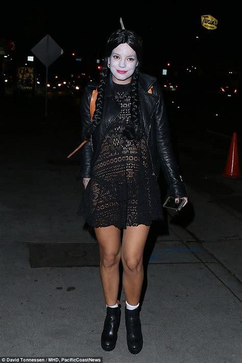celebrity movie ar is mel b the first celebrity to wear a selfie halloween