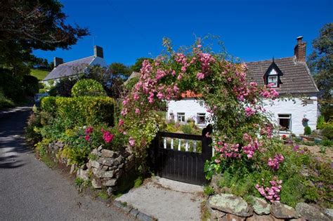 guernsey cottage guernsey cottage beautiful places cottages