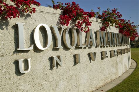 Uc Irvine Mba Scholarships by Loyola Marymount Students Receive International