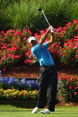 shoulder rotation golf swing slide vs turn golf downswing healthy living