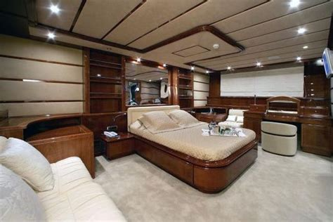 Luxury Yacht Interiors by The Interiors Of Luxury Yachts 29 Pics Izismile