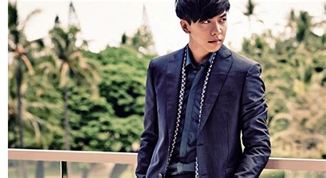 lee seung gi esquire a couple of more spreads of lee seung gi from esquire