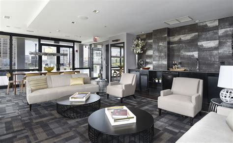 luxury high luxury apartment amenities high rise chicago apartments