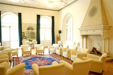 sala camini casa di salute raphael palace hotel roncegno