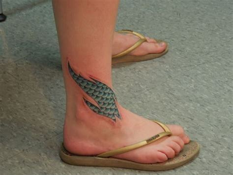 scale tattoos the 25 best fish scale ideas on