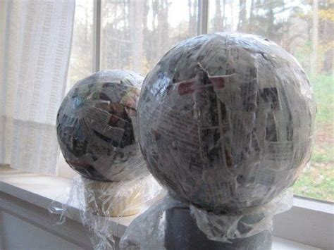 How To Make Paper Mache Balls - 78 best crafts paper mache images on papier