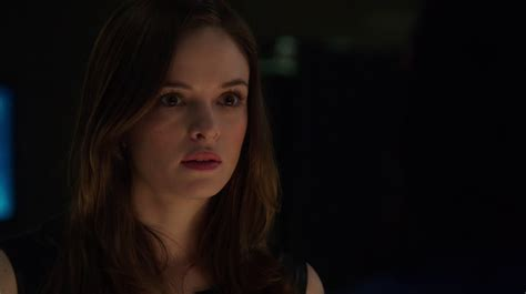 caitlin and will the flash season 2 spoilers how will caitlin snow