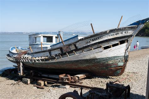 old boat description file fishing boat at china c jpg wikimedia commons