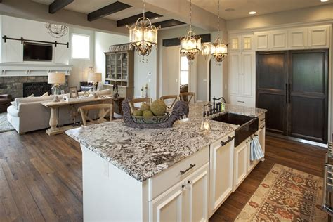 pictures of kitchen backsplashes with granite countertops granite countertops in kitchens granite backsplash