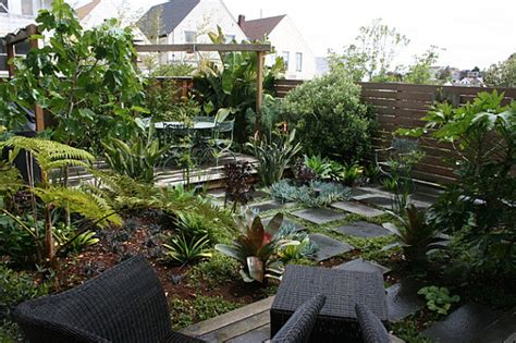 Jungle Backyard by The Of Landscaping A Small Yard