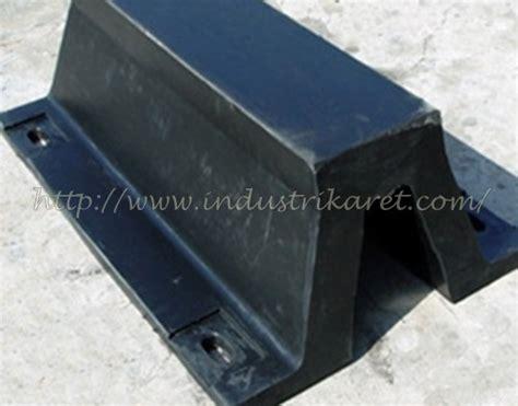Rubber Fender Dermaga Karet Fender karet fender dermaga type v marine rubber fender type v