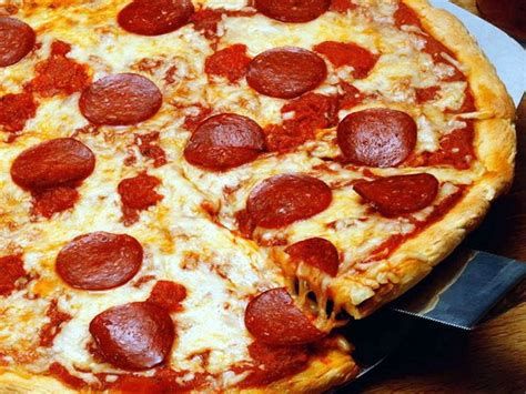 zeil pizza flottielje zeilen itali 235 elba toscane capraia monte