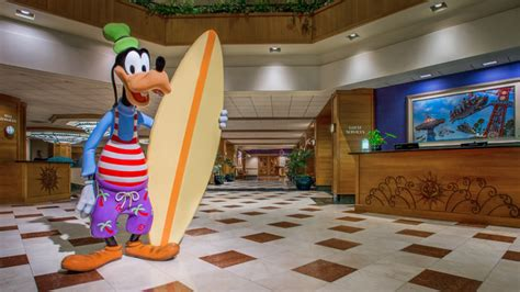 disneyland hotel front desk stay at a disneyland on site resort this spring and save