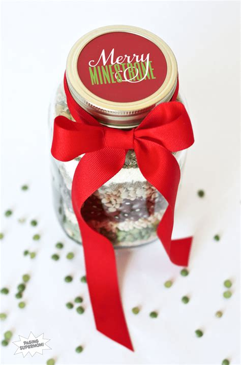 christmas soup in a jar happy holidays merry minestrone soup in a jar tatertots and jello
