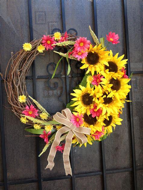 beautiful summer wreath    niece