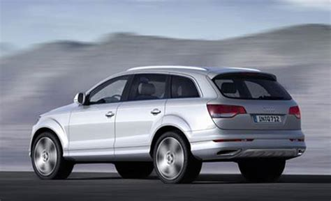 Audi 2007 Q7 by Car And Driver