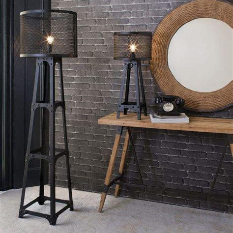 Lampadaire industriel vintage en 20 idées de déco d'intérieur