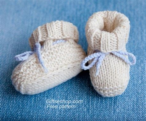 free baby boots knitting pattern 17 best ideas about knitted baby booties on